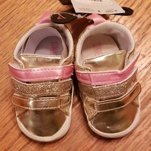 Okie Dokie size 9 to 12 months baby girl shoes